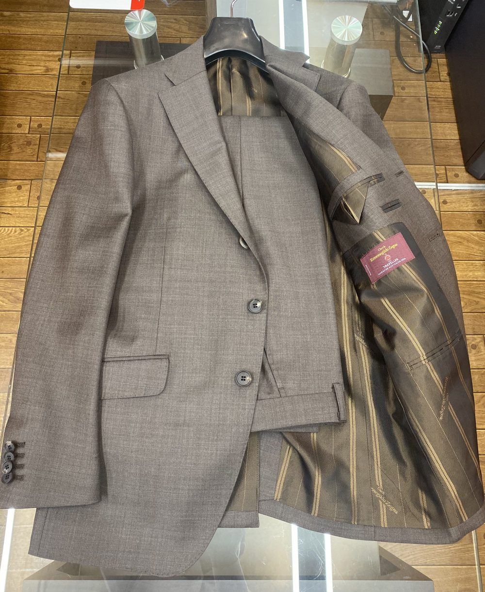 T様 エルメネジルド・ゼニア トラベラーのオーダースーツ